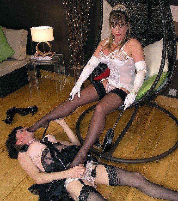 Femdom sissy house husband servant