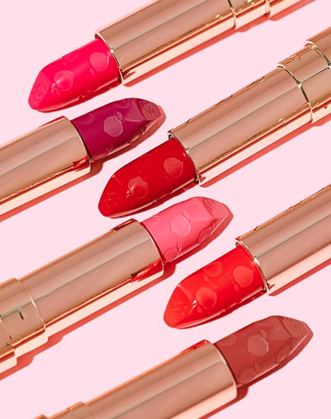 What's your GO-TO shade of our Peach Kiss Matte Lipstick? 💄Shop your favorite shade HERE: http://bit.ly/2CPaP1E