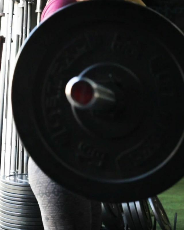 [Execute, Refine, Repeat]-Working Barbell technique w/ @kaiden.marie @downdogs.and.deadlifts -🎵: Hot (Young Thug feat. Gunna) -#training #getafterit #tempe #az #traintobeunbreakable #barbell https://ift.tt/37eeXGE