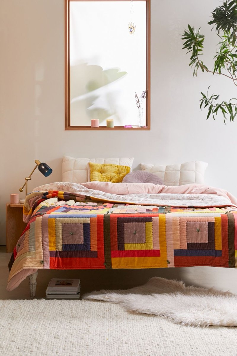 cozy + colorful with the lex velvet quilt bddy.me/2KuHwFV
