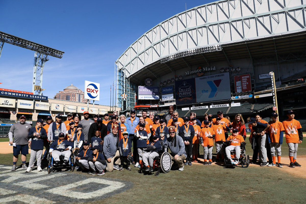 Today #AstrosFoundation and @shrinershosp hosted more than 150 children to help live out big league dreams.