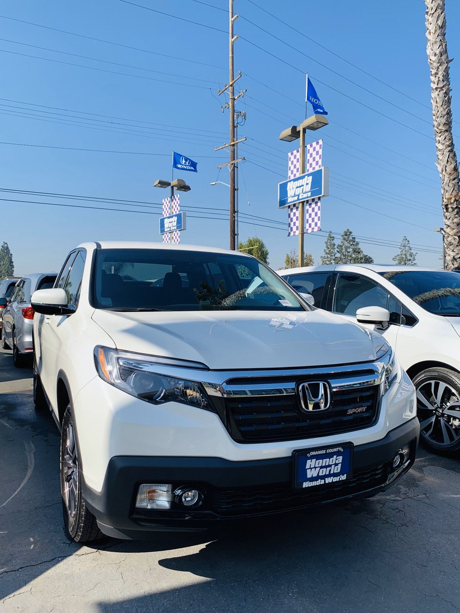 """Showing gratitude is one of the simplest yet most powerful things humans can do for each other."" -Randy Paush #bebold #grateful #hondaridgeline #hondatruck #ridgeline #tailgate #haul #hondalove #socalhondadealers #helpfulhonda #hondaworldwestminster #thanksgiving #hwwnovember"