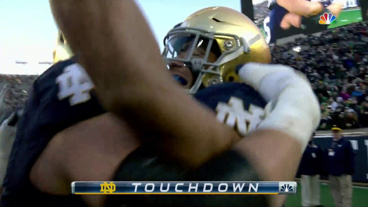 Ian Book throws 5 touchdowns in Notre Dame's win over Navy