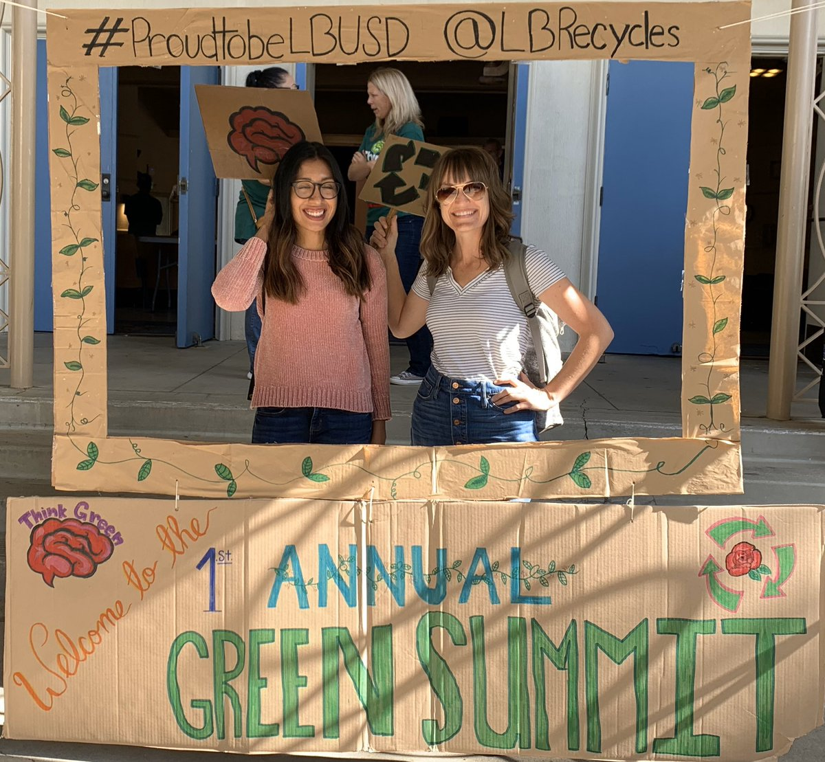 Kudos to everyone that put their time & hearts into making the first LBUSD Green Summit such a wonderful & inspiring event happen! @WhittierLBUSD is proud to #thinkgreen & move toward our Green goals! @AnguianoMs @GradesofGreen @PamelaWeinstein @FoodFindersLBC @BYOLongBeach