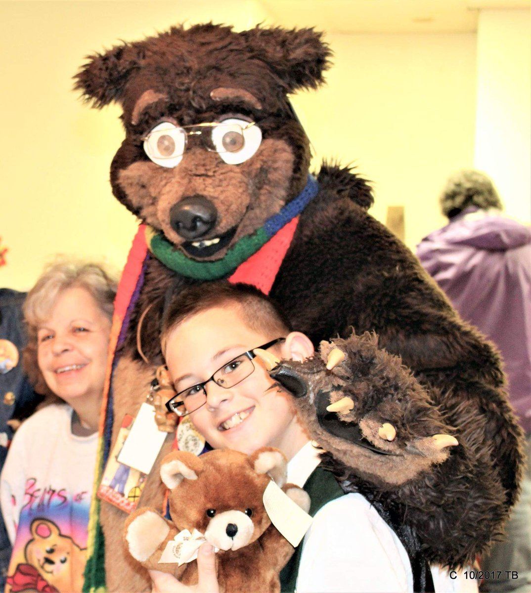 #FursuitFriday #fursuiteveryday #WhyIfursuit. This is one of the reasons why I still #fursuit.  Waldolf with some friends at the 2017 #OctoBEARfest in #Toledo OH.