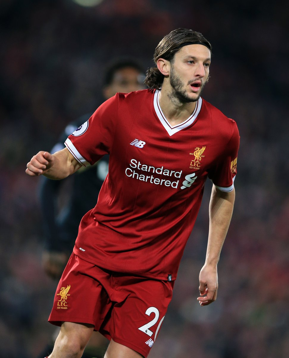 Heres a hilarious headline to start your day off... The Mirror are reporting PSG are looking at Adam Lallana as a replacement for Edinson Cavani. Where do they get these stories from? 😂😂😂