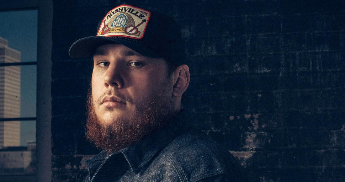 Congrats to @LukeCombs - Number 1 on this weeks Official UK Country Albums Chart with What You See Is What You Get bit.ly/2QKZLHS