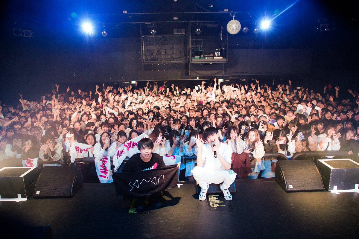 ツアーファイナル!!東京ありがとうー!!!!!!!次は追加公演まってるぜ!Photo by @RenToyomoto