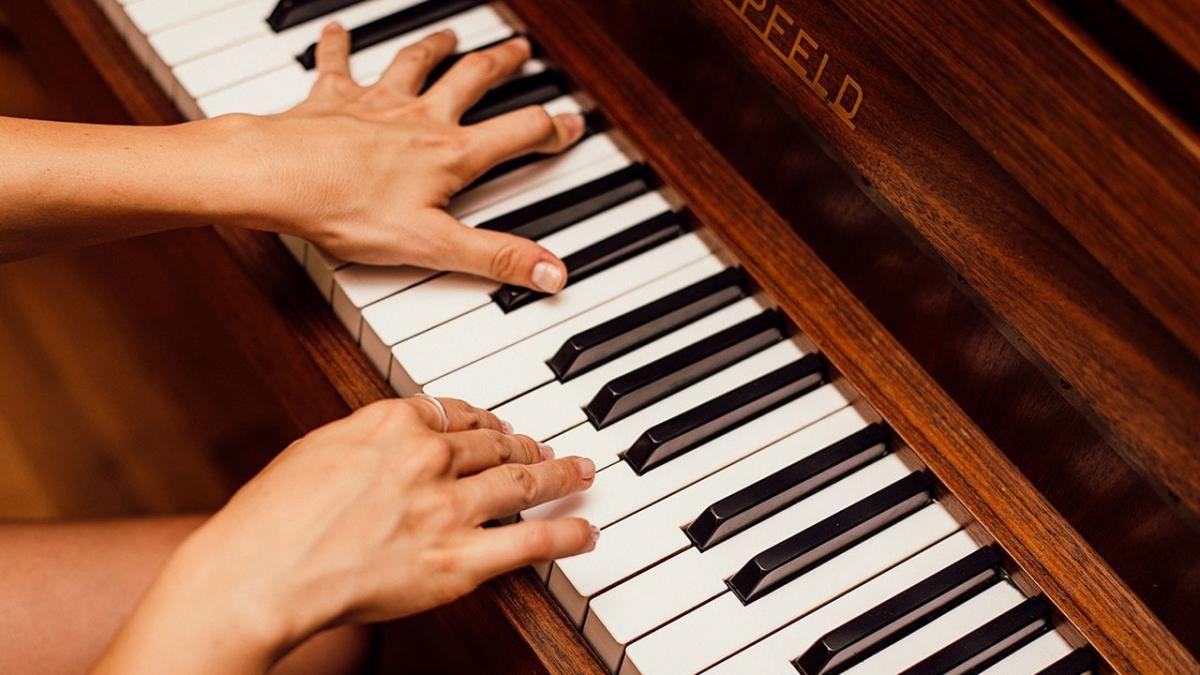 Si eres bueno componiendo música es que eres inteligente, señala un estudio.