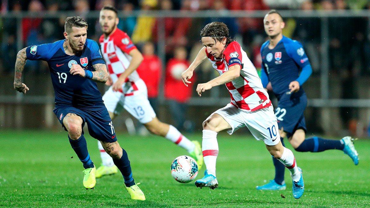 🇭🇷💪 ¡@lukamodric10 capitaneó a su selección hacia la #EURO2020! ↗ Asistencia incluida del croata. #HalaMadrid