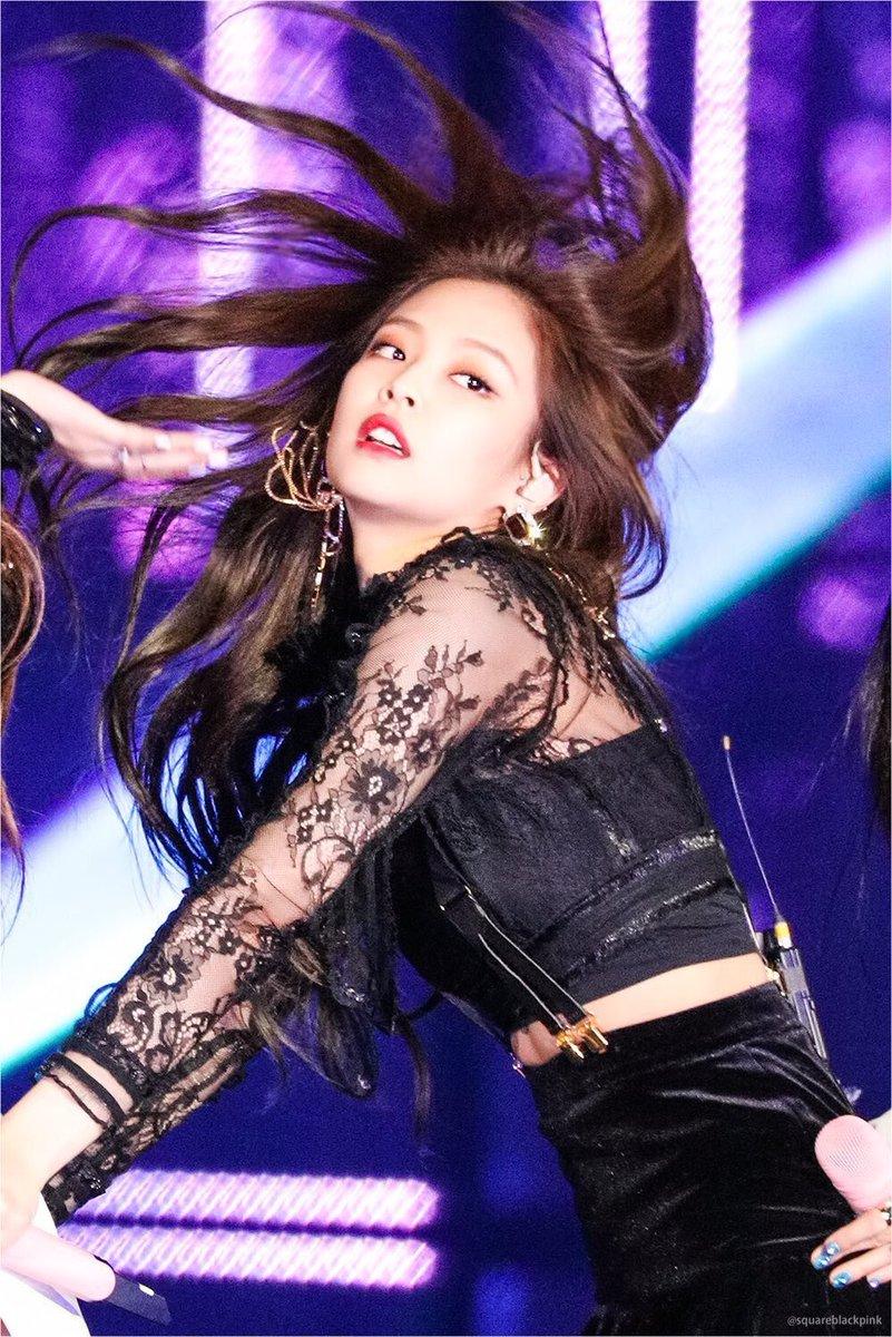ジェニちゃん髪の振り方までも美しいって…罪だ…
