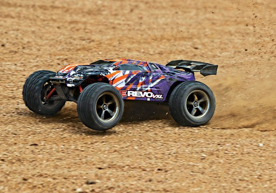 New Colors For The Traxxas 1/16 E-Revo VXL [VIDEO] #rccars and trucks #feedly  https:// buff.ly/2pqh4Gg     <br>http://pic.twitter.com/i2J1XgFReu