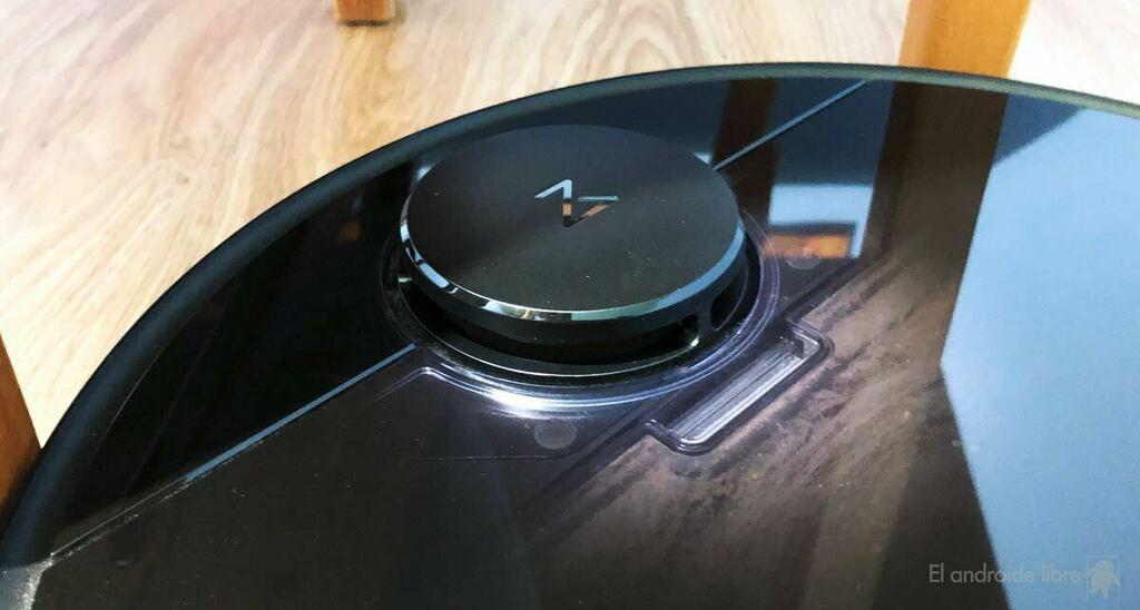Analizamos el Roborock S4, un aspirador que elimina pelusas desde el móvil