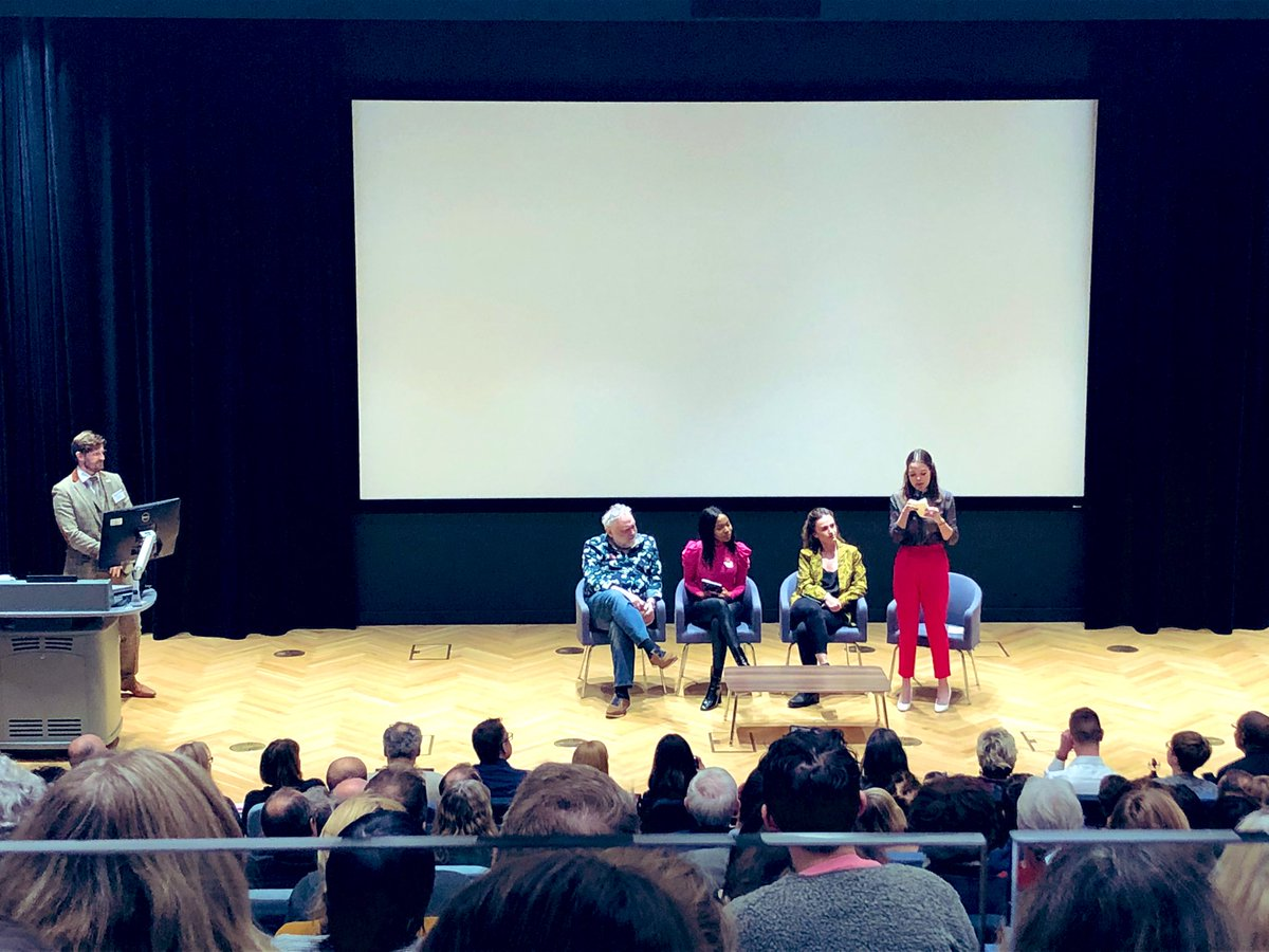 test Twitter Media - @BipolarUK debate: Do you wish you could turn off your bipolar?  Tony Slattery, @JulietteBurton, Luyando Malawo and April Kelley discuss whether or not they would turn off their condition at the Bipolar UK conference #bipolardisorder #health https://t.co/Ha8ObMnAMg