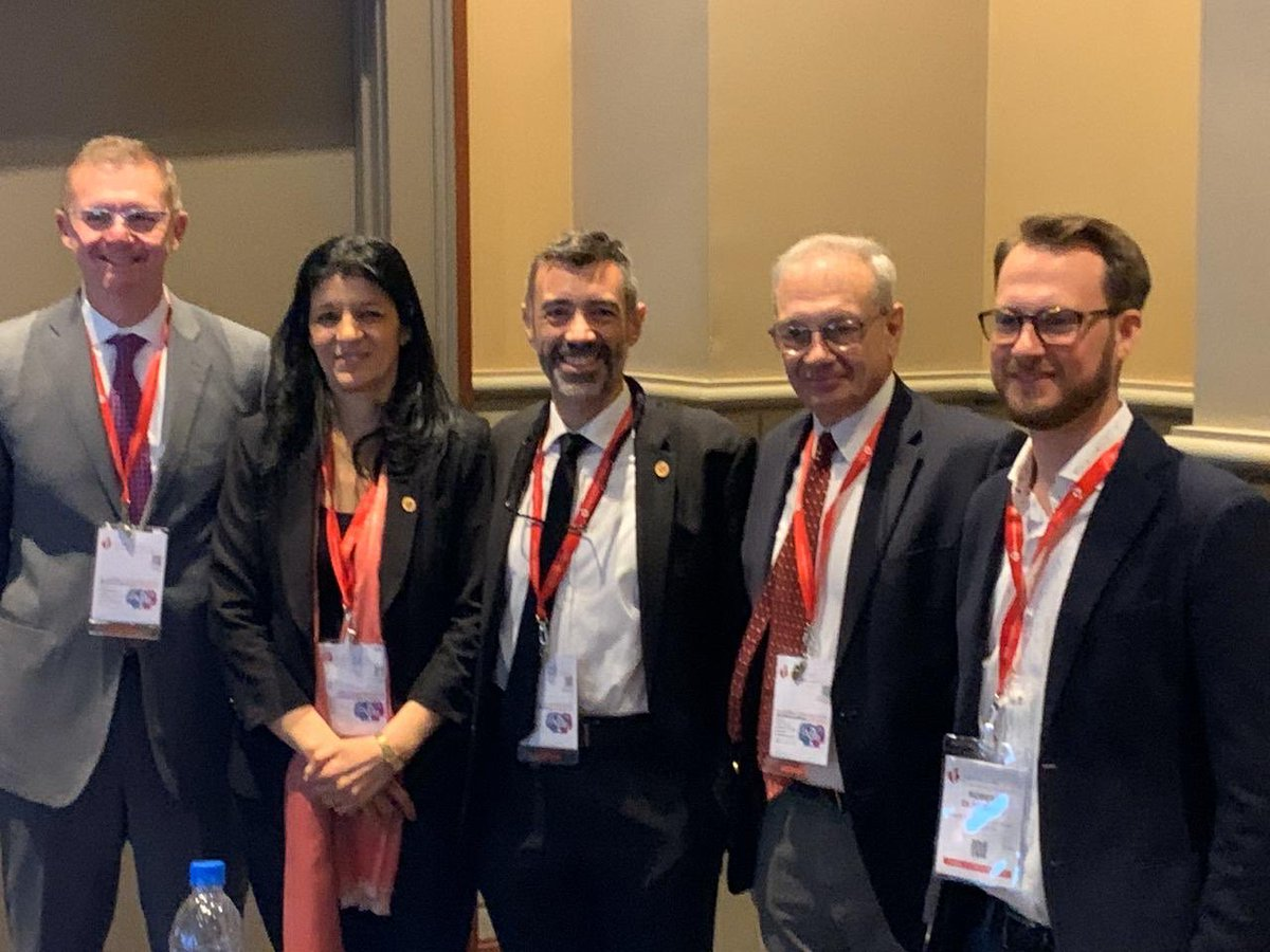 Great round table on structural heart disease. #AHA19 @SAC_54 @SACJoven @AHAMeetings