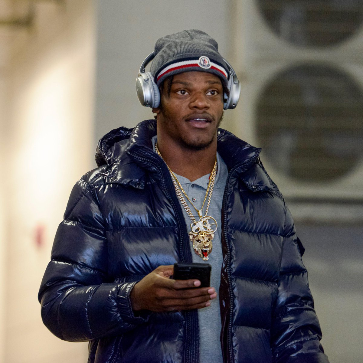 .@Lj_era8 is here and ready for battle. #HeadsUp (by @Bose)