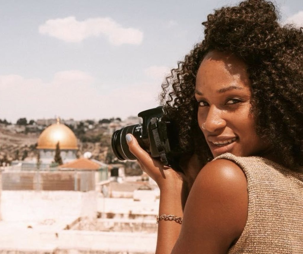This 32-year-old entrepreneur quadrupled her income becoming a black travel consultant on.forbes.com/6014131XE
