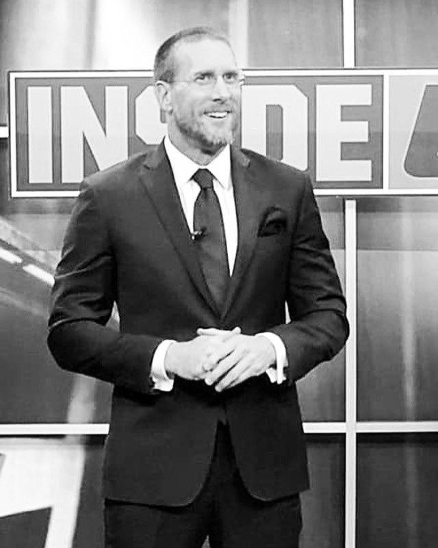 INSIDE UFC x FOX SPORTS. Todos los viernes. 18:30 hrs.