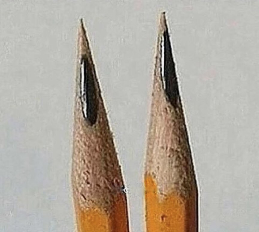 Anyone else gets passed off when pencils do this shit?😠😤#IMustBeOldBecause #QuestionOfTheDay