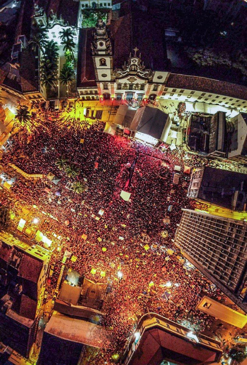 Recife agora pra receber Lula! #FestivalComLulaLivre Foto: Ricardo Stuckert  Assista #AoVivo: https://youtu.be/0xwl1dfC9f4