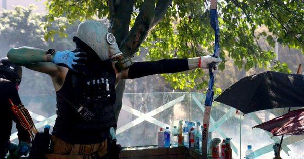 L'altra faccia della medaglia della rivolta pacifica di Hong Kong 5
