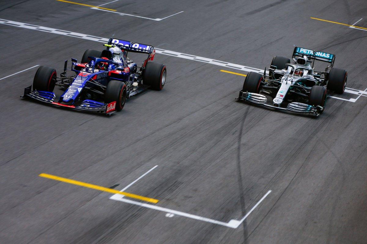 Формула-1. Гран-при Абу-Даби Гонка. Прямая трансляция 1.12.2019 смотреть онлайн
