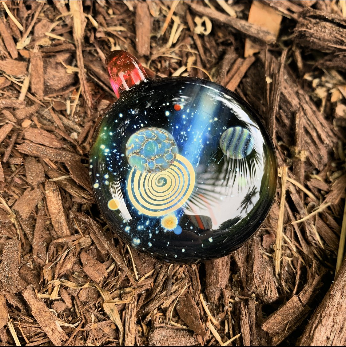 Available  dm to scoop #glass #art #space #spaceglass #pendant #heady #glassartpic.twitter.com/6bFeIHziKs