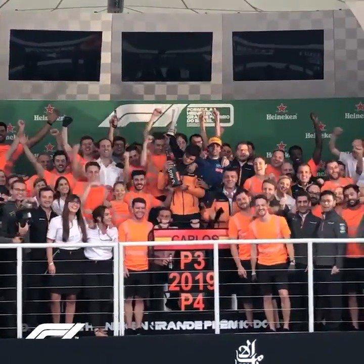 Go, go @Carlossainz55! 🥉🙌😀  #BrazilGP 🇧🇷 #F1@McLarenF1