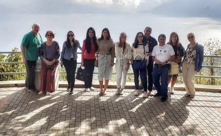 Esta tarde realizando visita panorámica al Lago Atitlan despues de haber recorrido el colorido #Chichicastenango  #viaje #daytrip #daytour #travelphotography #travel #visitguatemala #Guatemala