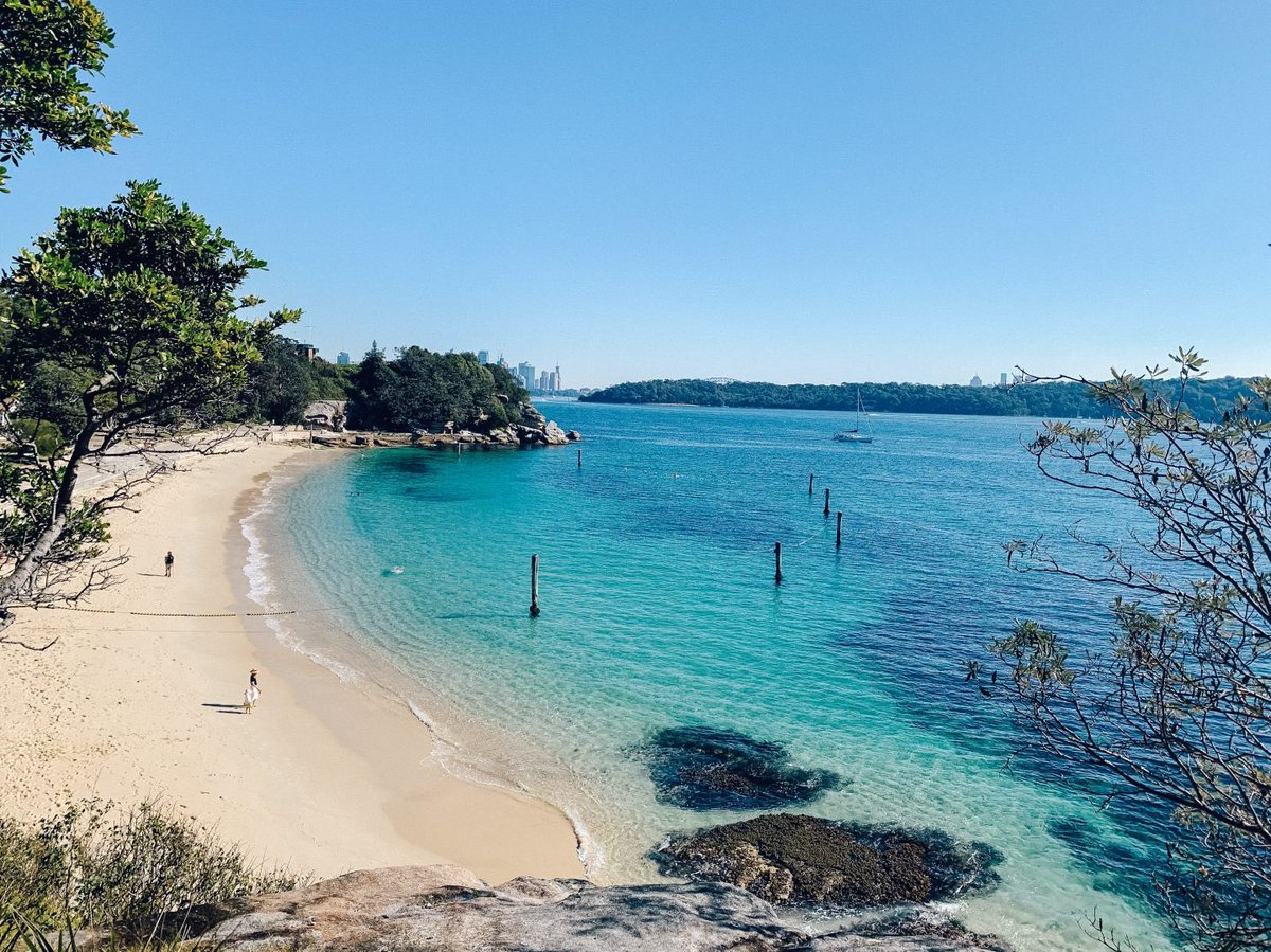 SYDNEY | the Watson's bay to Rose Bay is a stunning coastal walk. Offering amazing secluded beaches, and a ridiculously beautiful city and harbor views ❤️https://wp.me/pa95l1-Mw#ilovesydney #Sydney #travelblogger #travelphotography #Wanderlust #traveltribe #ttot