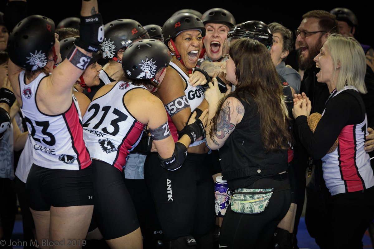 #DerbyTwitter #wftdachamps2019 #WFTDAChamps 2019 Tournament MVP Bonita Apple Bomb of @gothamderby<br>http://pic.twitter.com/j9FtbkdMQP