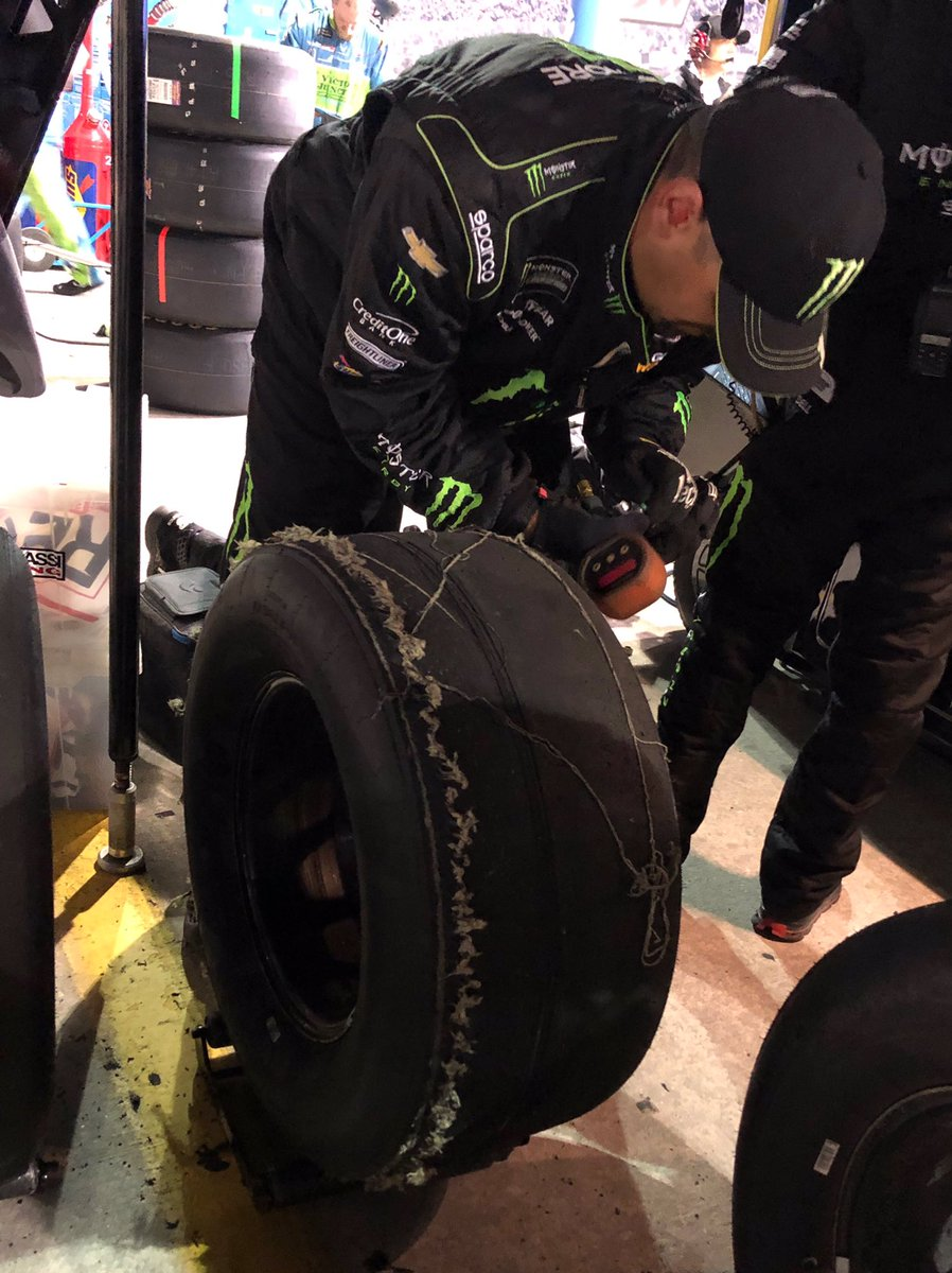 """RF tire with 2 laps to go! 😬 Had to pit... The #1 @MonsterEnergy @TeamChevy came a long way in 2019. Onward and upward in 2020! Congrats to @KyleBusch on his @NASCAR championship. I always said, """"you think I'm good, just wait for my little brother."""" Congrats2xChampion 🏆🏆"""