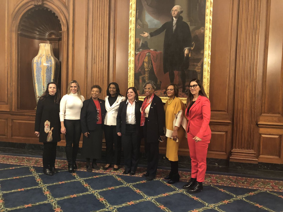 I met with a Brazilian congressional women delegation to discuss critical issues impacting women in the U.S. and Brazil!