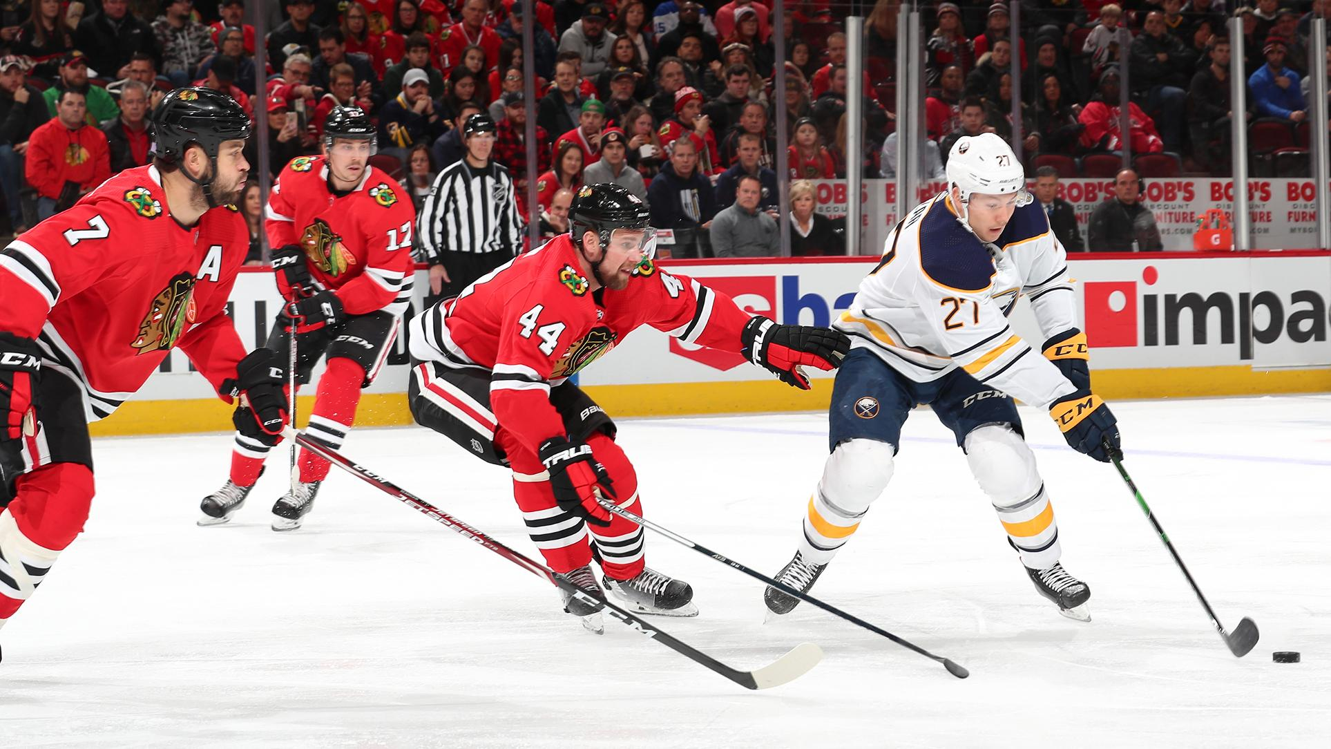 Sabres fall to Blackhawks, 4-1