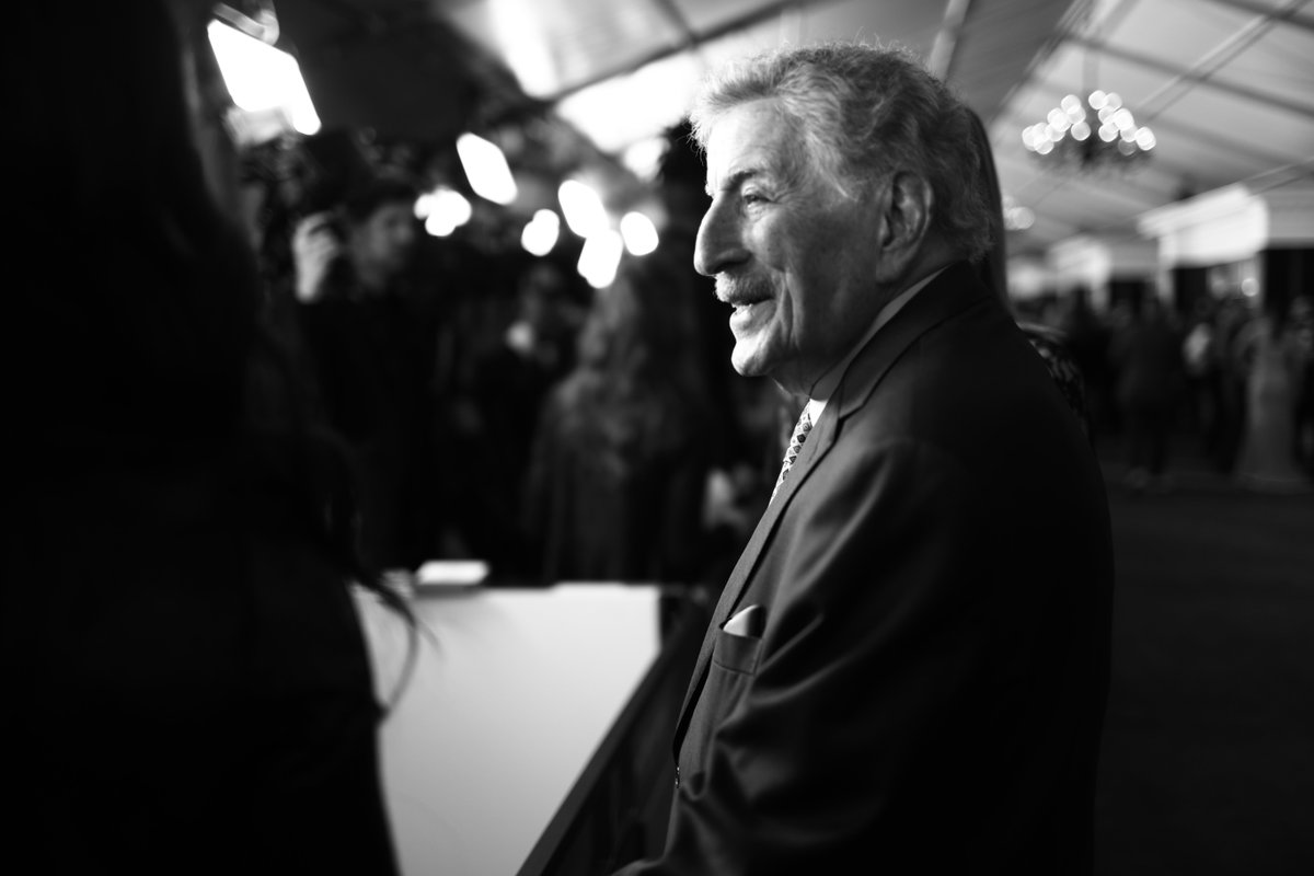 Can you guess which song earned 18-time GRAMMY winner @itstonybennett his first career GRAMMY for Record of the Year and Best Solo Vocal Performance in 1962? 🌉 #GRAMMYVault
