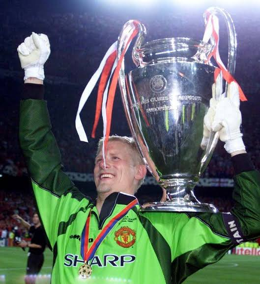 Happy birthday to the man who captained man United in the 1999 UEFA Champions League final, Peter Schmeichel.