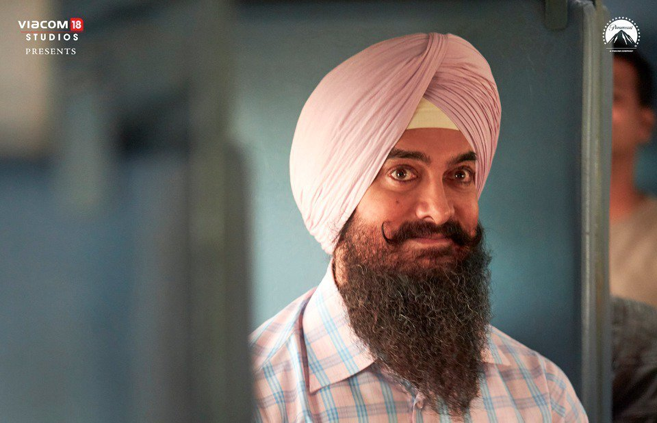 @aamir_khan 300cr on the way.  Best of luck laal singh chaddha