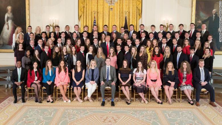 It's time to play Trump intern photo or Robert Ryman's Shades of White? #trumpbribed #TrumpBribery #TrumpExtorted<br>http://pic.twitter.com/IaJKPh8xhh