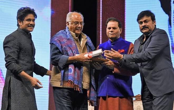 A big thank you to #ANRAwards #AkkineniFamily, Chairman ANR awards committee @tsubbaramireddy, Chiranjeevi for honoring @SrideviBKapoor with #ANRNationalAwards.  @iamnagarjuna #LegendsLiveOn