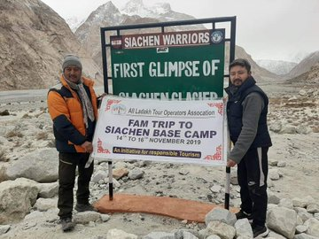 #Siachen likely to be fully ready for #tourist from next season only @MPLadakh  @DefenceMinIndia @tourismgoi Read Stroy https://www.newsvibesofindia.com/siachen-likely-to-be-fully-ready-for-tourist-from-next-season-only/ …#Ladakh #Tourist #Tours #Leh #siachen