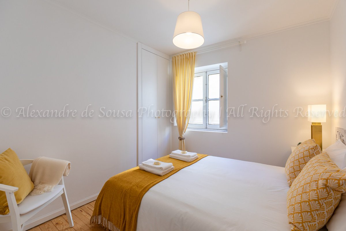 1 #bedroom #Apartment, in Santa Maria Maior #neighborhood #realestate #realestatestyle #realestatephotography #realestateporn #living #realestateexperts #architecture #archdaily #airbnbportugal #airbnb #interiordesign #interiorphotography #architecture_addicted