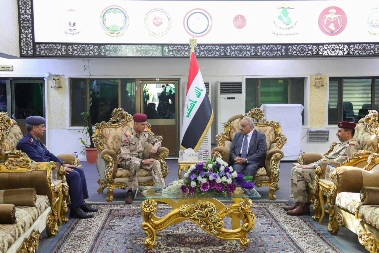 Iraqi Prime Minister: No choice but to support the armed forces EJq0ZoZWwAAIJHj?format=jpg&name=large