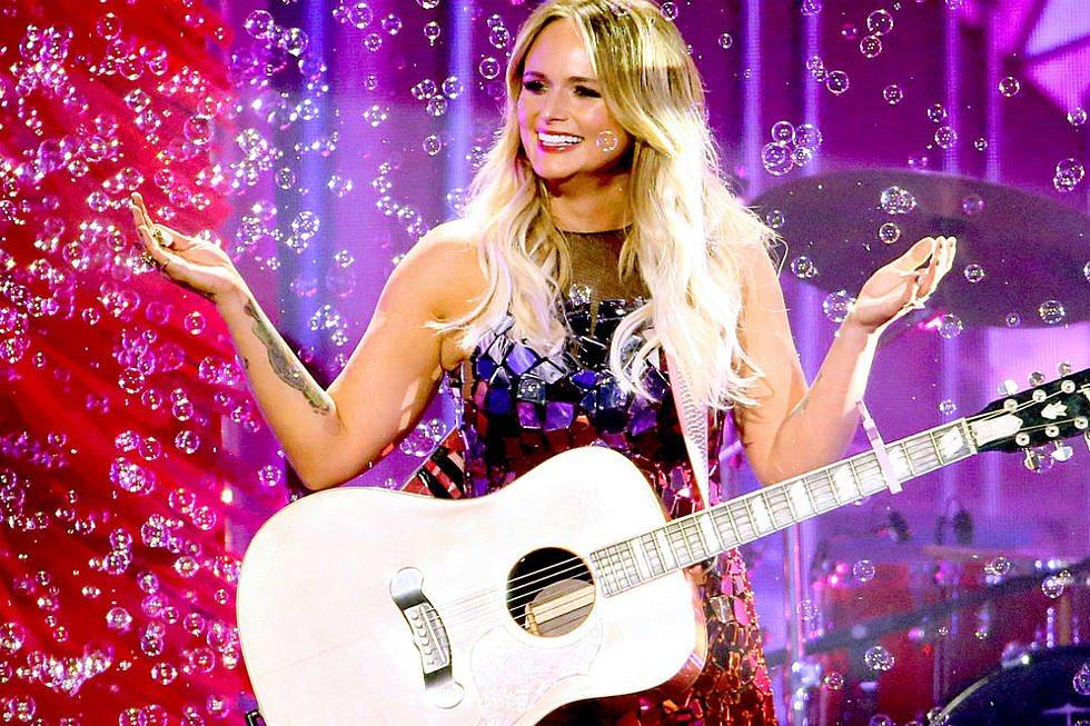 #KeroseneArtist Miranda Lambert's newest single, #ItAllComesOutinTheWash has climbed to #12 on the Billboard MediaBased Country Charts and is nearing the #Top10. Lambert continues her #RoadsideBarsAndPinkGuitars into November 2019. 📸: Miranda Lambert, CMA Awards 2019