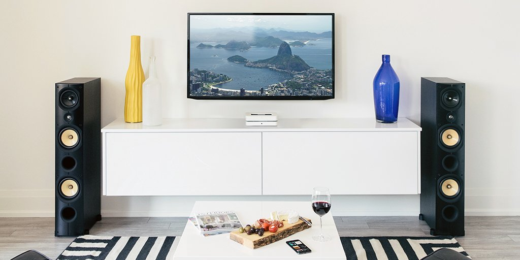 "Bluesound a Twitter: ""Connect the POWERNODE 2i to your TV with HDMI and amplify movies, shows, and games with 120-watts of high-fidelity sound. https://t.co/xv1k8KPbTb #Bluesound #livinghifi… https://t.co/obGz7Srzej"""