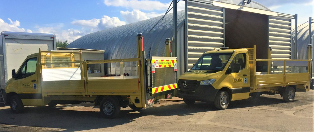 test Twitter Media - 3.5t Mercedes Sprinter with Double Dropside Traffic Management body and a Palfinger 500KG Column tail lift  With thanks to @Asset_Alliance / @AAG_Sales    #Mercedes #Sprinter #TrafficManagement #Palfinger #ColumnTailLift https://t.co/I2wtJiGDW2