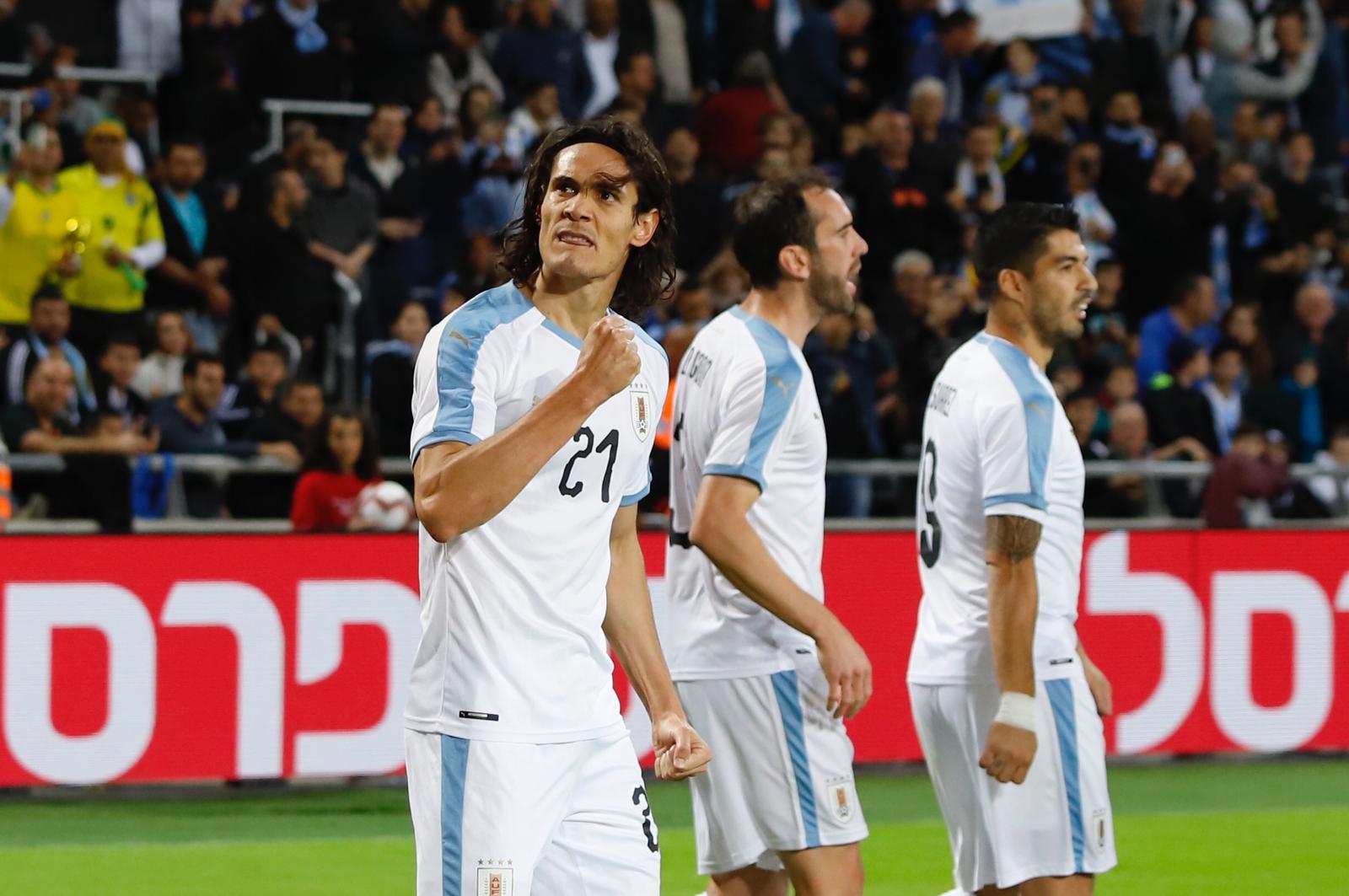Аргентина - Уругвай 2:2. Дружеская битва Месси и Суареса - изображение 1