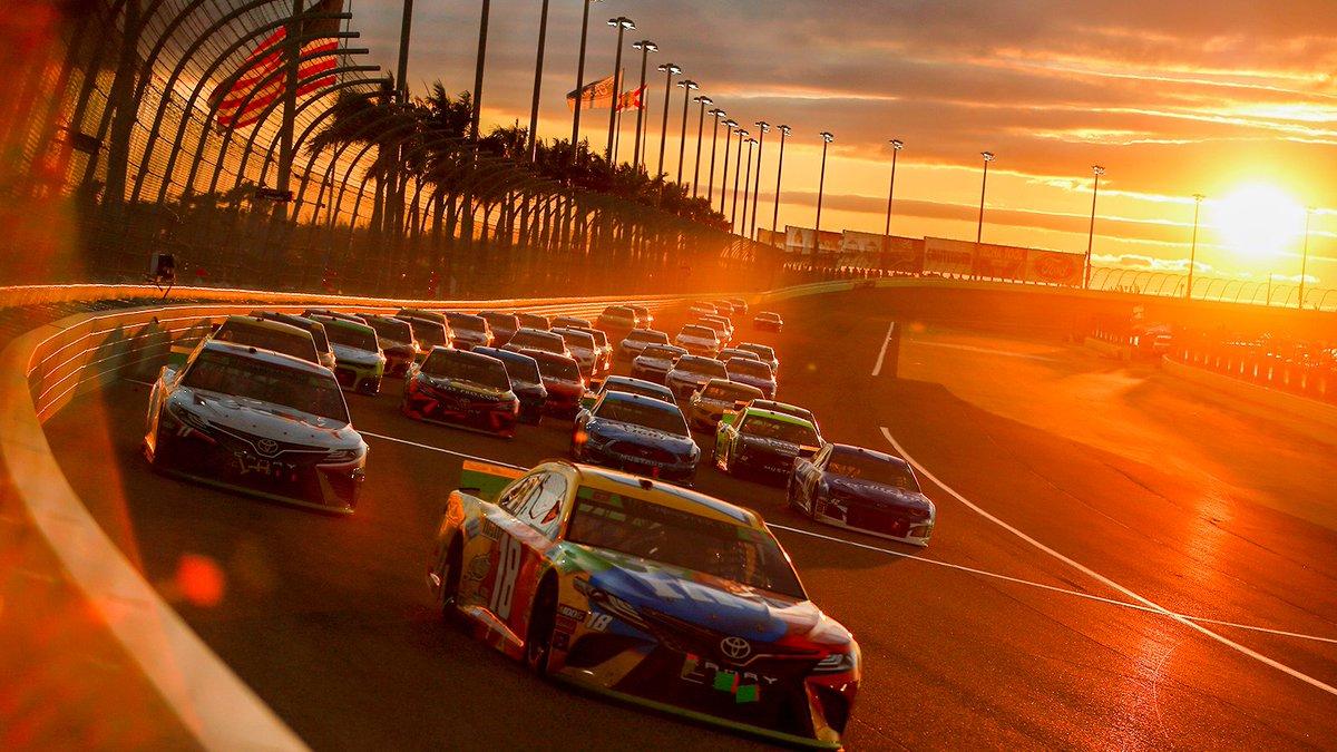 Gonna miss those November @HomesteadMiami sunsets.   #Championship4 // #NASCAR<br>http://pic.twitter.com/PmkgH1XCqq