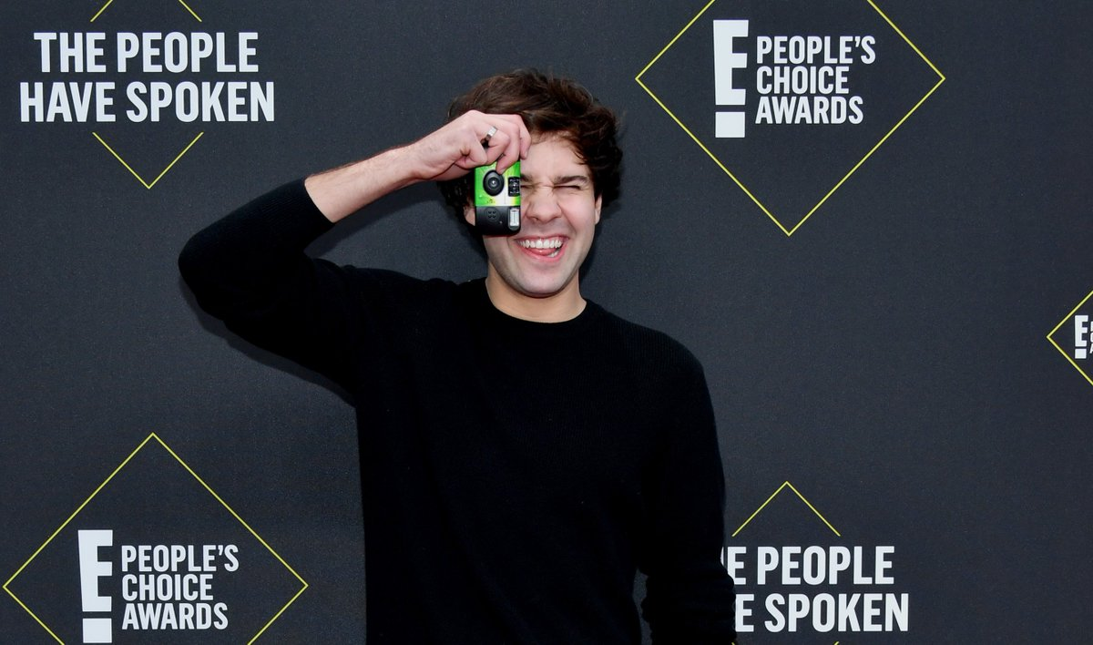 Am I the only one one who NEEDS to see how @DavidDobriks picture came out? #PCAs