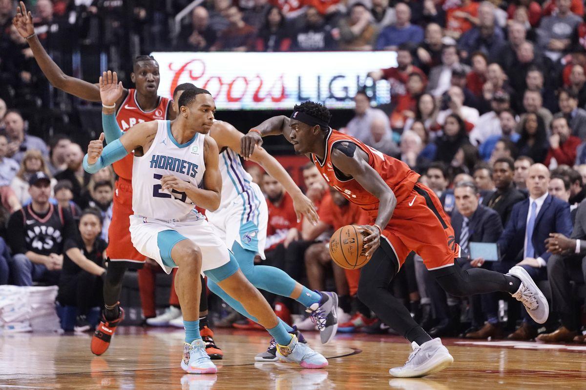 Victoria de @Raptors sobre @hornets por 96-132. OG Anunoby consiguió 24 puntos y 5 rebotes. Marvin Williams acabó con 14 puntos y 4 rebotes. #WeTheNorth