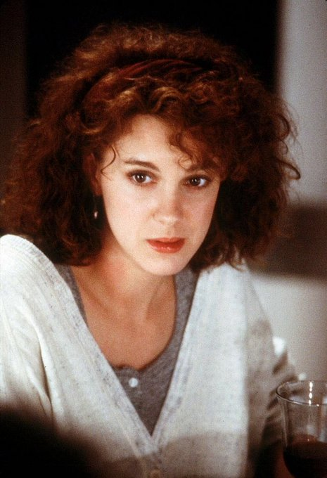 Happy Birthday actress Elizabeth Perkins